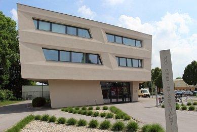 7-3722 2100 Korneuburg Bezirksbauamt PHT17_4371 GL.JPG